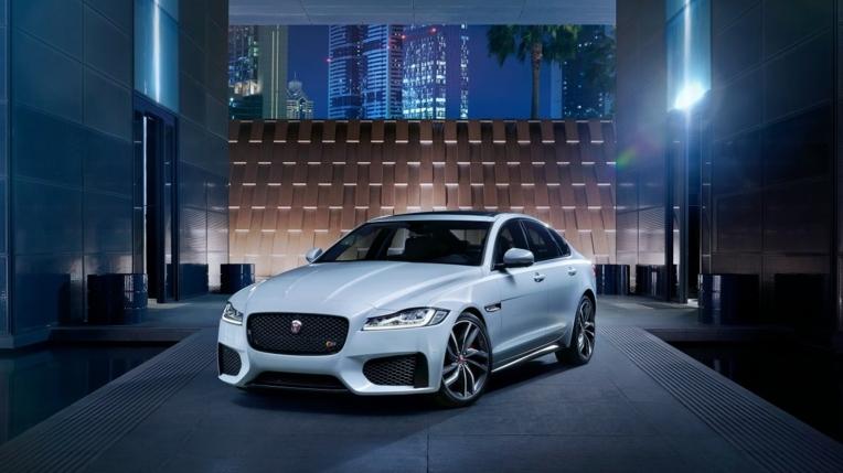 jaguar xf s awd novo Carro novo